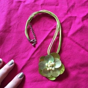 Pearly Green Flower Necklace